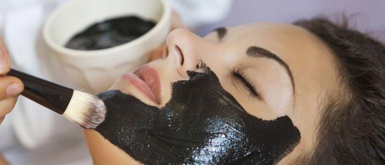 Черная маска из угля и желатина изображение записи