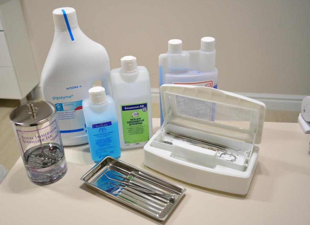 микроблейдинг бровей - обработка инструментов